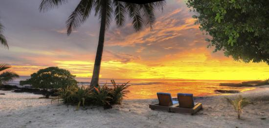 Matautu, Samoa: Sunset at Return to Paradise Resort