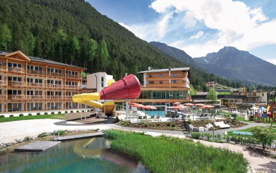Kinderhotel Buchau: Sommerfassade Buchau