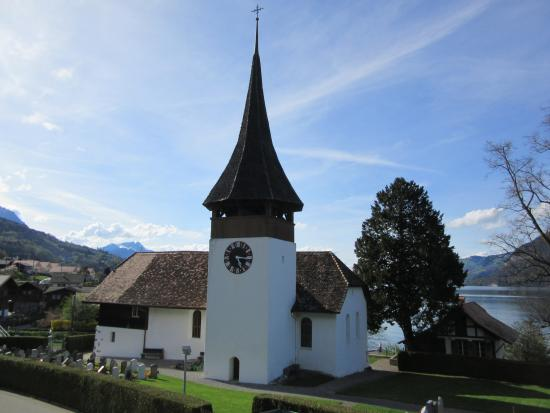 Leissigen, Suiza: Lovely church by the hotel.