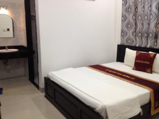 Huynh Gia Hung Hotel
