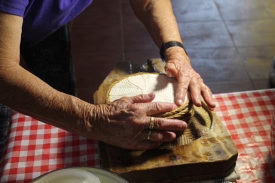 Taberno, Hiszpania: Elaboración de queso tradicional