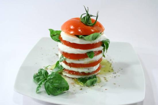 Bar Piscina Koka: Caprese with buffalo mozzarella