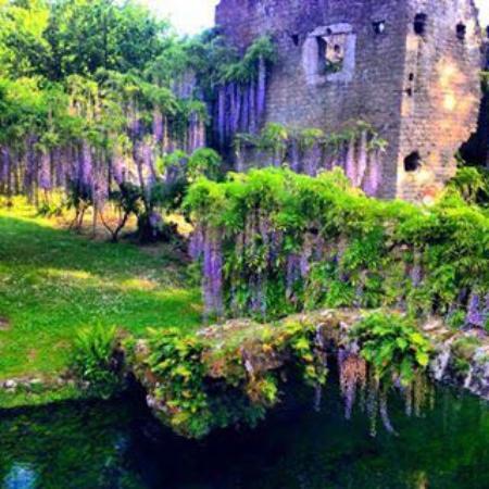 giardino di ninfa picture of hotel villa del cardinale
