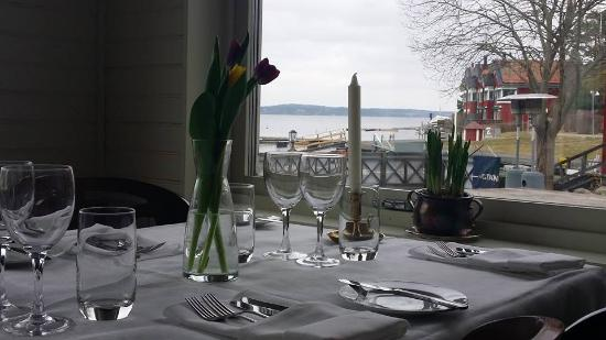 Plym`s Kök & Bar: perfect place/ great view