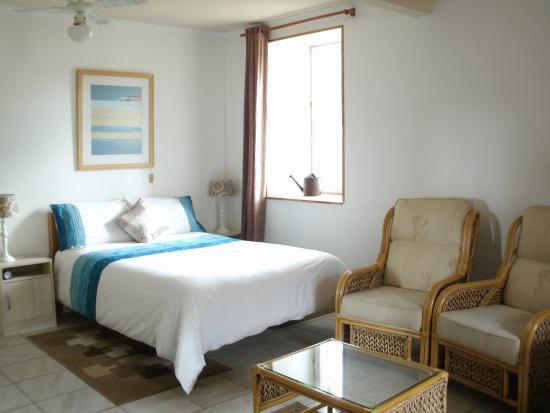 laura 39 s chambres d 39 hote huelgoat frankrijk foto 39 s reviews en prijsvergelijking tripadvisor. Black Bedroom Furniture Sets. Home Design Ideas