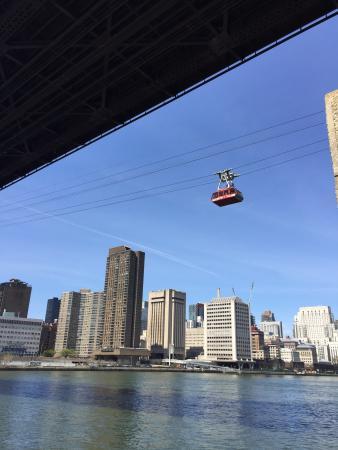 photo1 jpg picture of the roosevelt island tramway new york city rh tripadvisor ie
