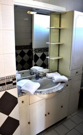 Hôtel Les Vagues Chambre sdb 2