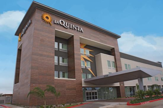 La Quinta Inn & Suites by Wyndham McAllen Convention Center
