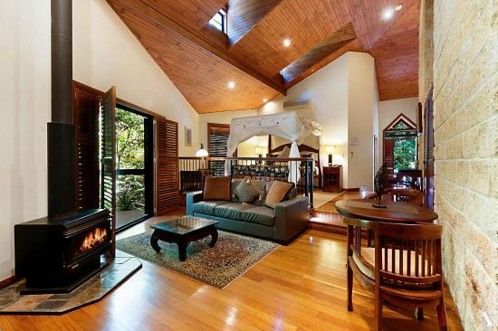 ذا ريتريت سكاربمنت: Romantic chalet style Villa