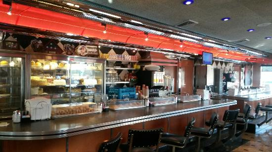 Hammonton, NJ: Silver Coin Diner