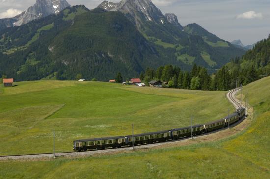 GoldenPass Line : Train Goldenpass Classic
