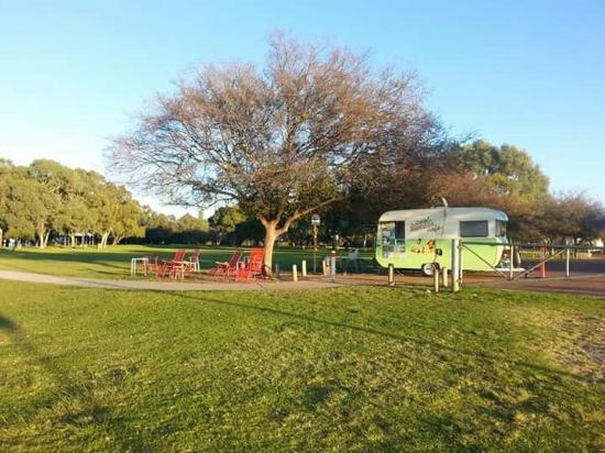 Бейзуотер, Австралия: Coolest caravan in Riverside Gardens, Bayswater