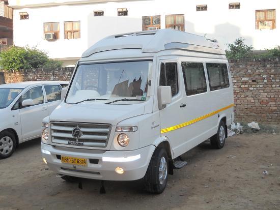 Delhi Taxi Services