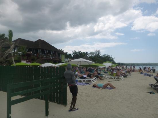 Zona de sillas de playa del restaurante picture of jimmy - Sillas de playa ...