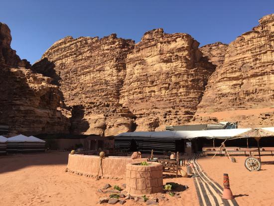 Rahayeb Desert Camp: Very hospitable people
