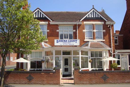 Serena Court Hotel