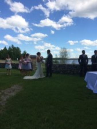 Carlyle, Canada: weddings