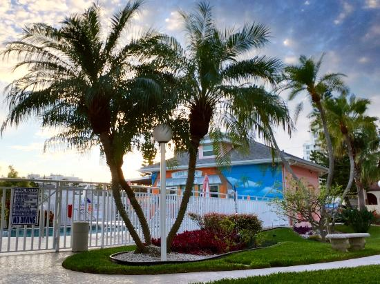 Photo of East Shore Resort Apartment Motel Clearwater