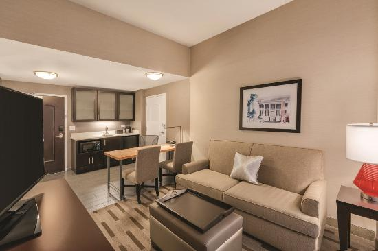 king studio suite picture of embassy suites by hilton tuscaloosa rh tripadvisor com au