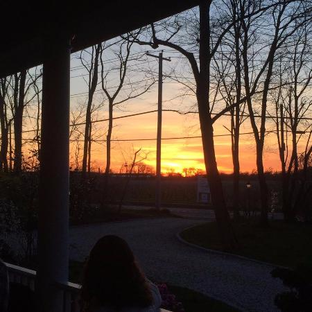 The Harvest Inn: Sun set view from front pourch