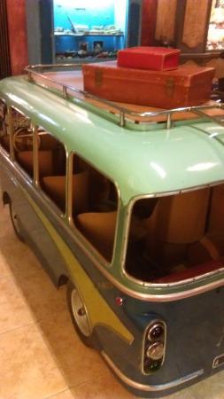 Manège Photo Musée Tripadvisor Bus 1900Arpaillargues De xtrdsCQh