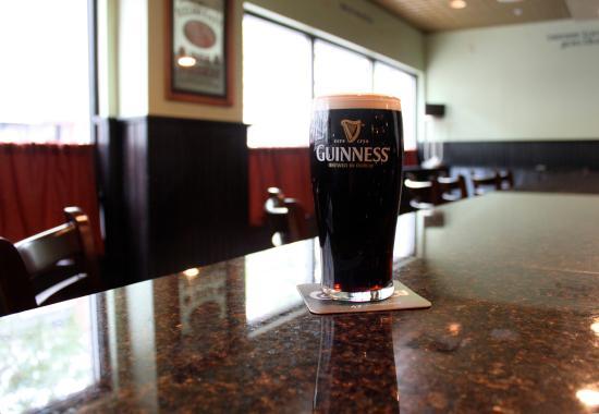 The Clarke Hotel - Irish Pub