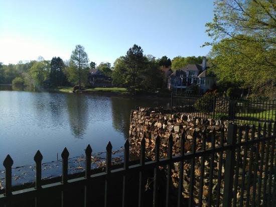 Greensboro, Carolina del Norte: IMG_20160418_180021_large.jpg