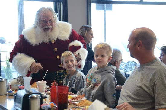 Franklin, IN: Talking to the Children at Ann's