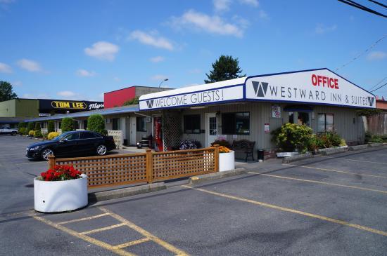 Westward Inn & Suites: Lobby 2