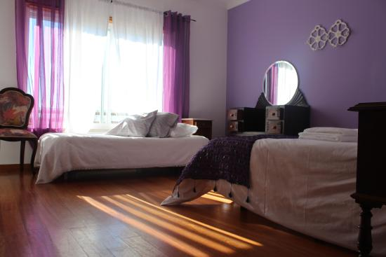 Ericeira Chill Hill Hostel & Private Rooms: Violet Dreams: double room