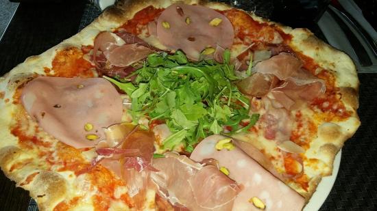 Le Paradiso : Pizza Salumeria