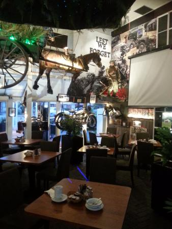 interesting decor and well presented courtyard restaurant picture rh tripadvisor com au