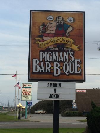 Pigman's Bar-B-Que: Sign out front
