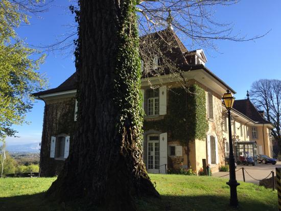 Chateau de Bonmont: photo0.jpg