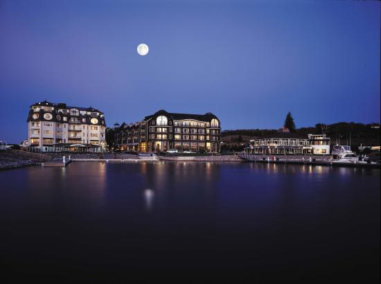 Bay Harbor Village Hotel & Conference Center: Boutique Distinction...Uncompromising Hospitality...Irresistable Charm...