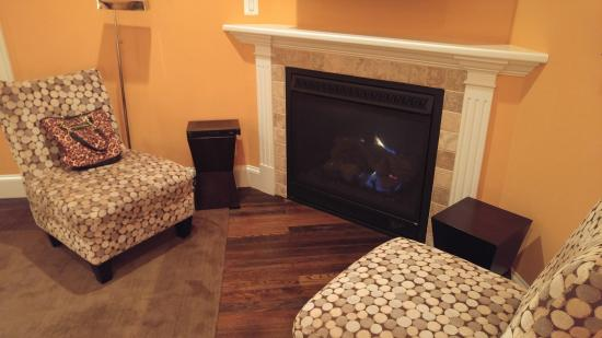 gas fireplace seating area picture of suites at 249 culpeper rh tripadvisor com