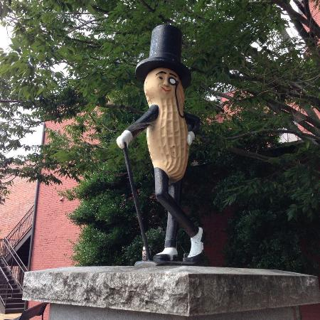 "Suffolk, VA: ""Mr. Peanut"""
