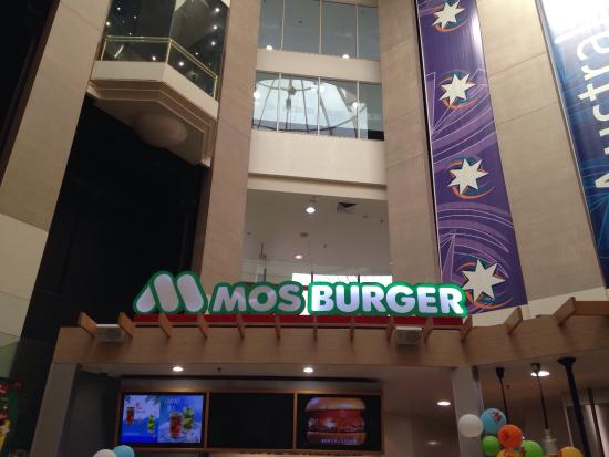 Mos Burger Picture