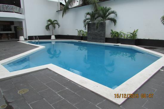 Hotel Anaconda: Hotel con moderna y amplia piscina