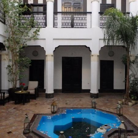 Riad Hayane: patio