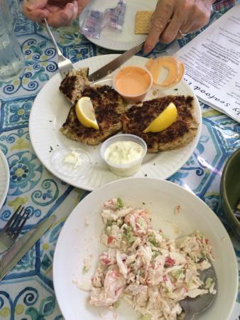 Simply Seafood: Deliciosa comida y especial atención. Fue maravilloso haber podido conocer este simple lugar lle