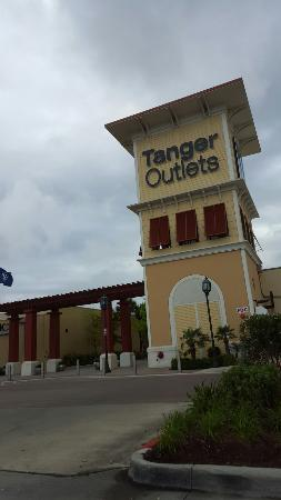 The Tanger Outlet Center - Galveston/Houston is one of the popular outlet malls in Texas with more than 85 stores. The outlet center you can visit at: Gulf Freeway, Texas City, TX /5(12).