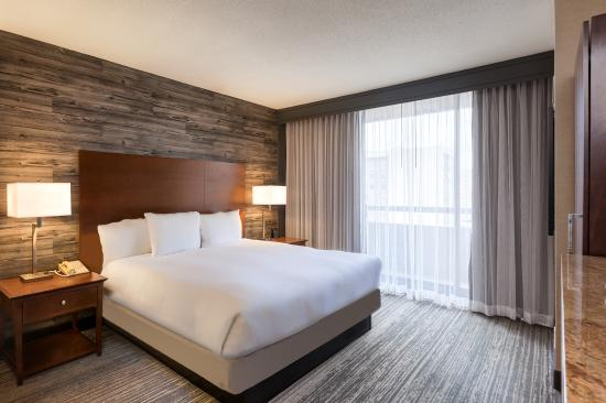 bedroom 2 room king suite picture of doubletree by hilton hotel rh tripadvisor com