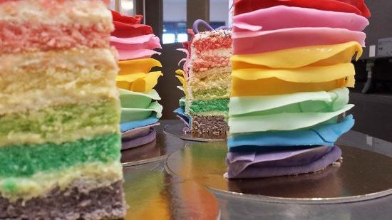 Province of Siena, Italia: Un arcobaleno di dolce allegria!
