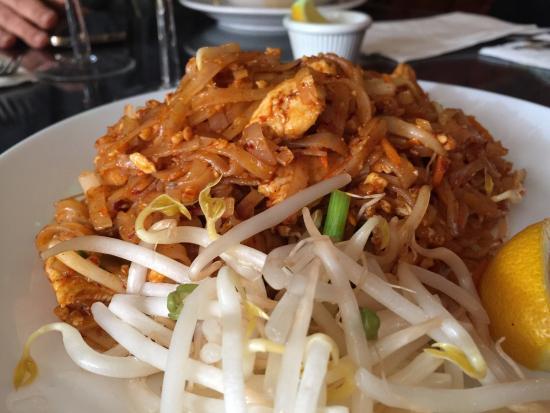 One Thai Chef New York City Hell S Kitchen Photos