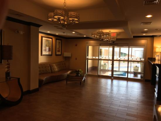 Holiday Inn Express and Suites Wytheville: photo7.jpg