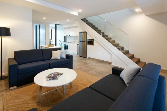 Veriu Camperdown Loft Apartment