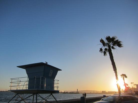 City Beach: Beautiful sunset
