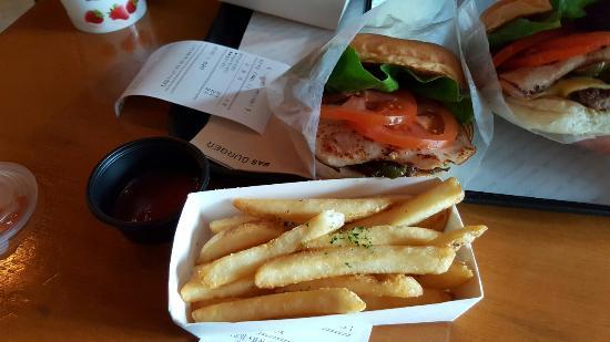 Baseu Burger
