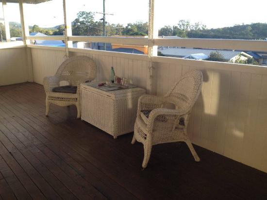 Ravenshoe, Australia: Enjoy drinks on the terrace